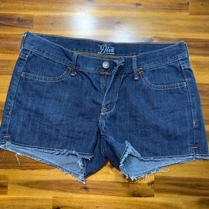 Old Navy Diva shorts. Size 6. Like new!